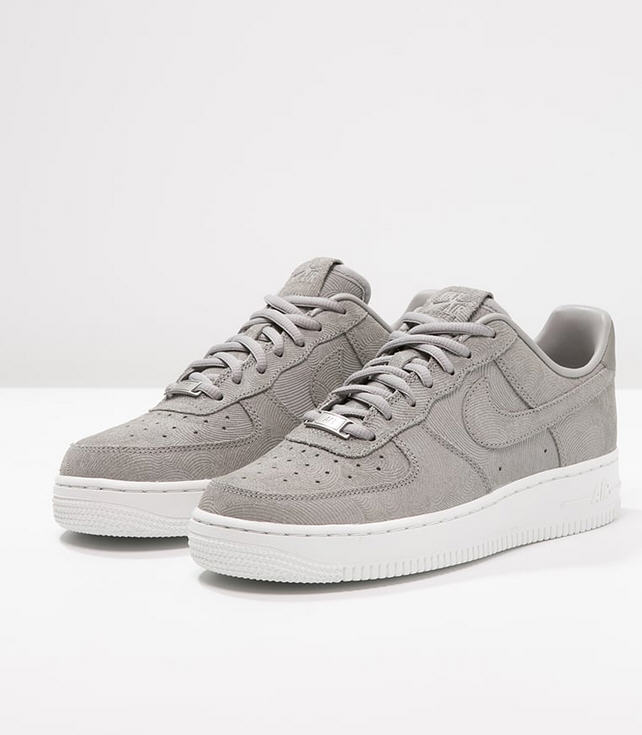 taille 40 3fe2a d6c95 Nike Sportswear AIR FORCE 1 '07 PREMIUM Baskets basses ...