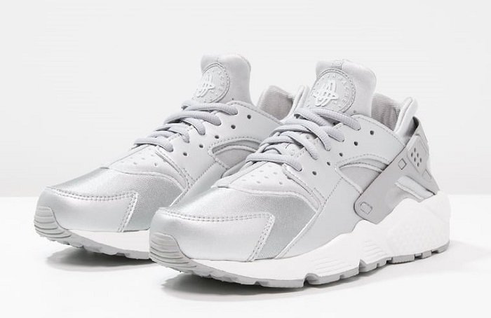 Nike Sportswear AIR HUARACHE RUN SE Baskets basses metallic ...