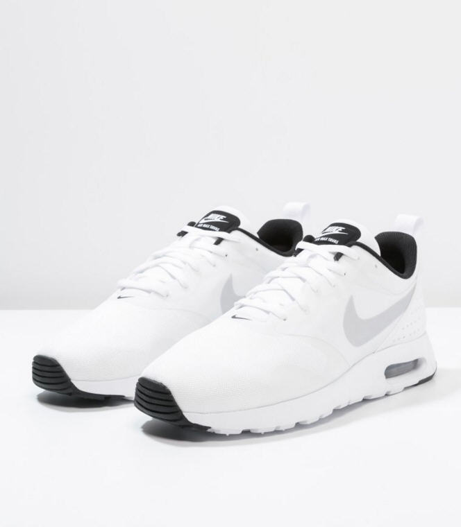uk availability 27ff3 6536e Nike Sportswear AIR MAX TAVAS Baskets basses white pure platinum black, Baskets  Homme