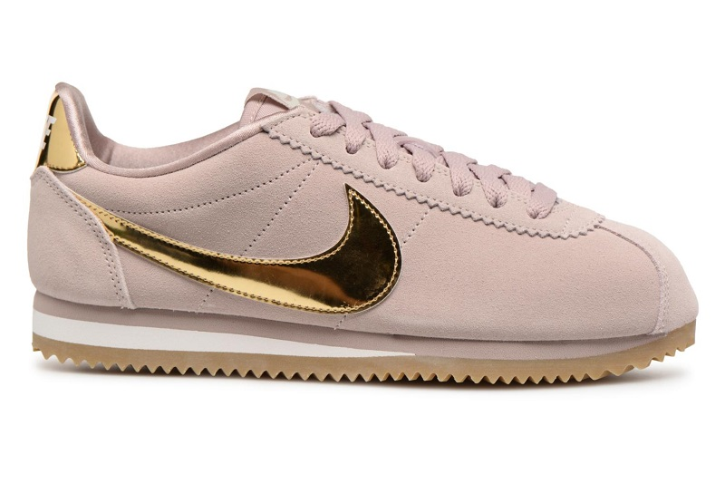 reputable site c7024 b1a6d Nike Sportswear Wmns Classic Cortez Se Baskets basses Taupe Metallic Gold -Phantom