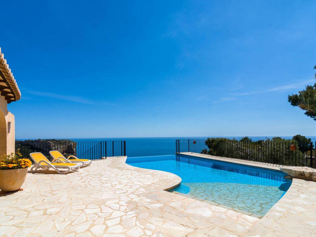 Abritel Location Espagne Benitachell - Belle maison de vacances pour 6 personnes avec piscine à débordement