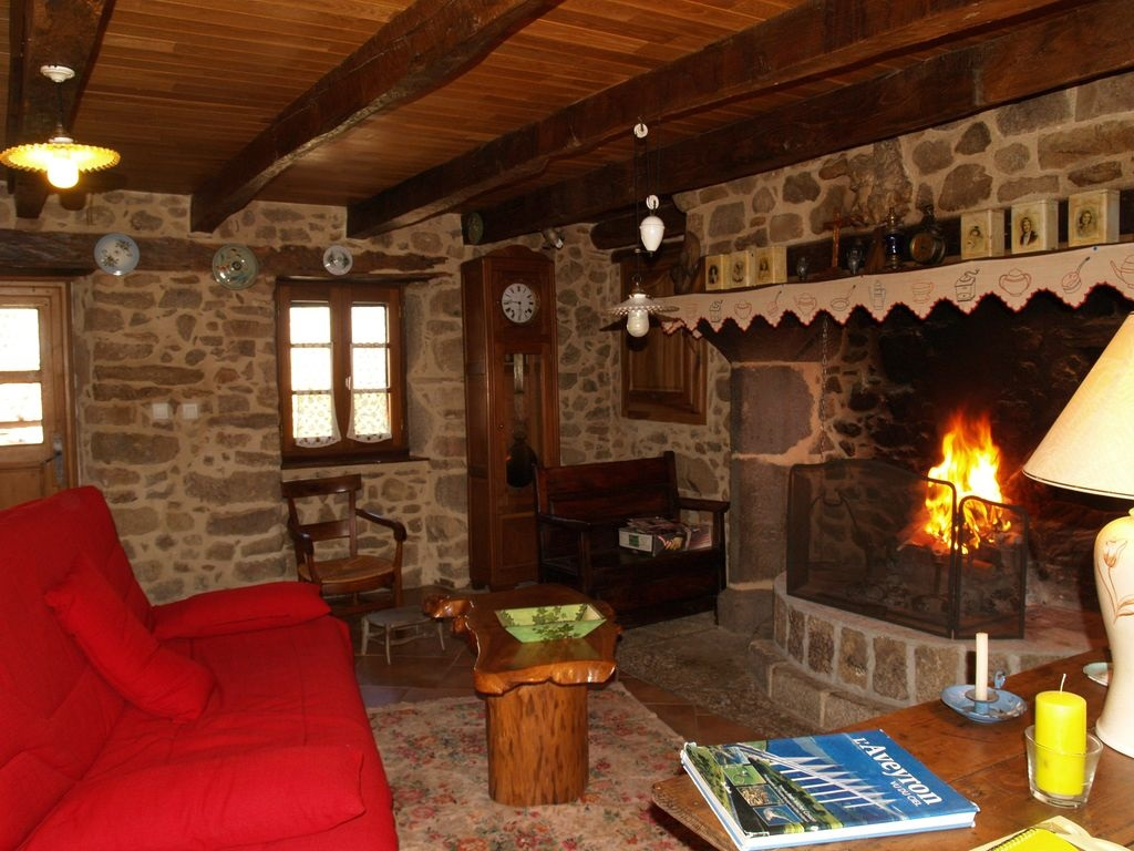 Abritel Location La Bastide-l'Évêque - Maison de caractère dans les gorges de l'Aveyron