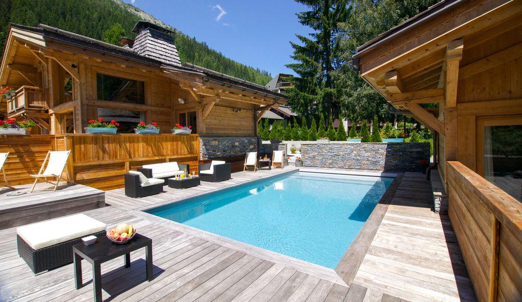 Abritel Location Chamonix - Chalet Luxe 5* à Chamonix : Piscine, Hammam, Sauna, Jacuzzi, Cinéma