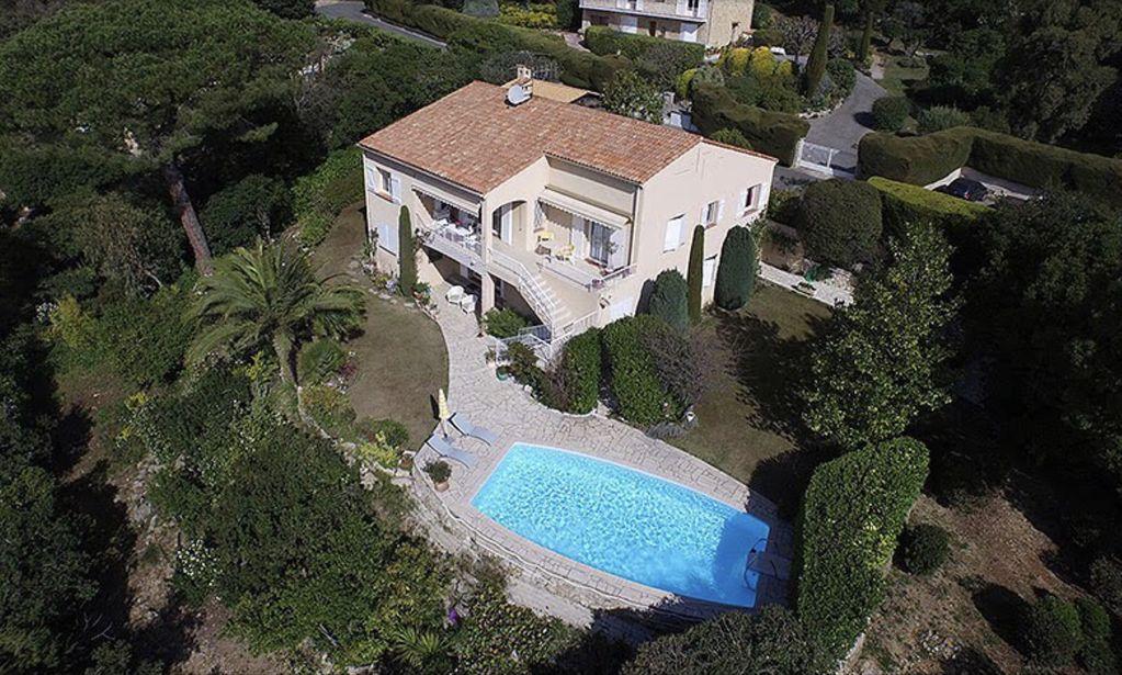 Abritel Location Grasse - Villa Unique Super Grasse 300m2