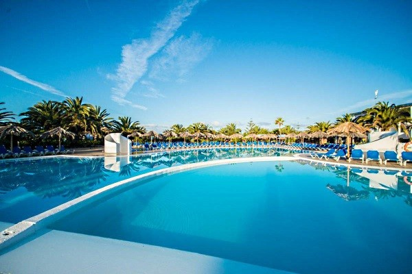 S jour canaries carrefour voyages h tel hl rio playa for Piscine rio carrefour