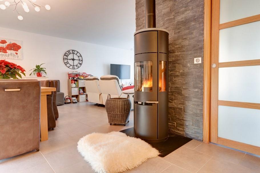 po le bois aduro 9 5 noir 6kw po le bois leroy merlin. Black Bedroom Furniture Sets. Home Design Ideas