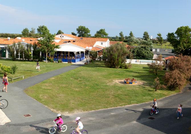 Résidence Club du Phare Odésia à L'Ile de Ré en Charente Maritime