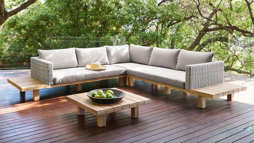 Salon de jardin 4/6 places Tillandsia en acacia massif et toile grise -  Salon de jardin Maisons du Monde