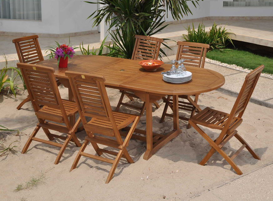 salon de jardin teck table ovale extensible assises hanton delamaison. Black Bedroom Furniture Sets. Home Design Ideas