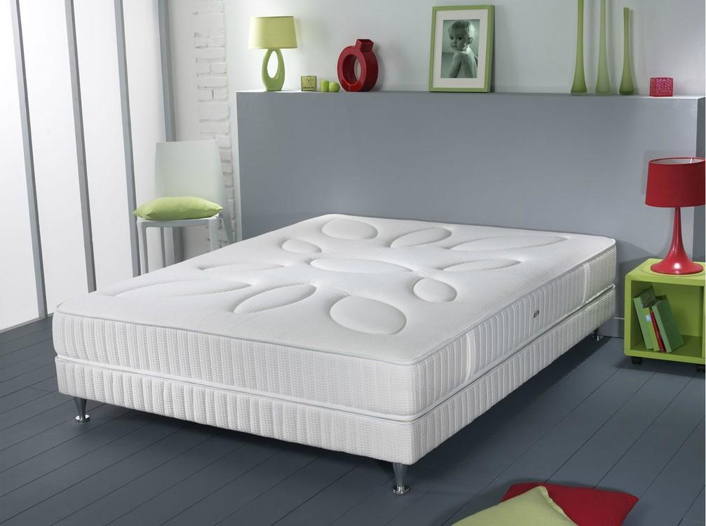 simmons saturnin 180x200 cm pas cher matelas mistergooddeal. Black Bedroom Furniture Sets. Home Design Ideas