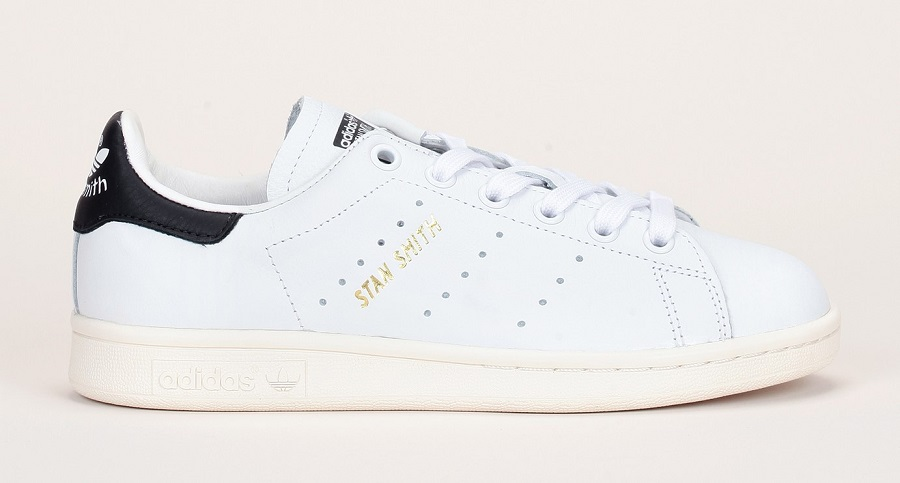sneakers cuir blanc stan smith adidas originals perfor talon noir baskets femme monshowroom. Black Bedroom Furniture Sets. Home Design Ideas