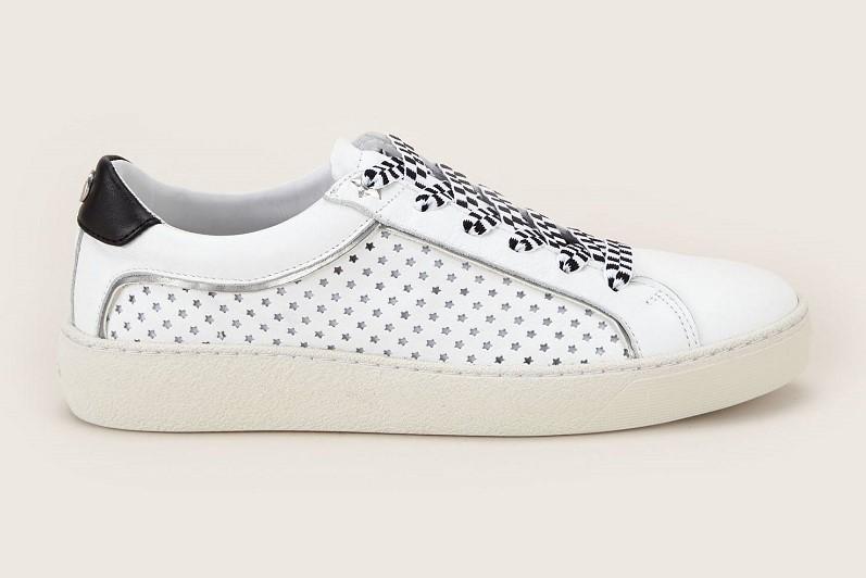 9c9183f84864 Tommy Hilfiger Iconic Star Sneakers perforées étoile en cuir blanc - Baskets  Femme Monshowroom  (Mode)  Monshowroom Tommy Hilfiger Iconic Star Sneakers  ...