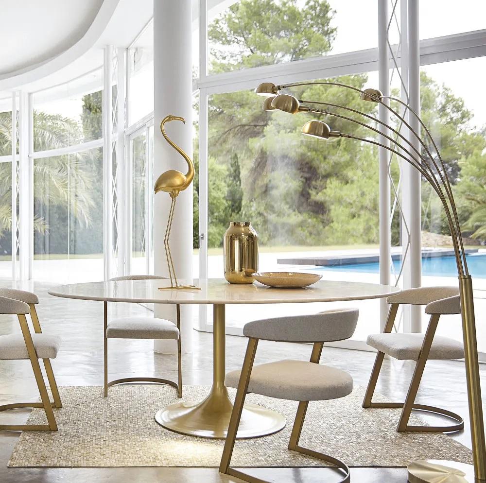 table manger 4 6 personnes manisa en marbre et m tal. Black Bedroom Furniture Sets. Home Design Ideas