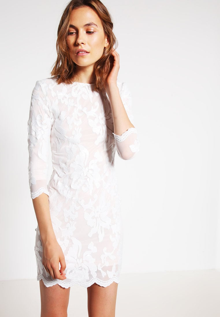 TFNC NEW PARIS Robe de soirée white/nude