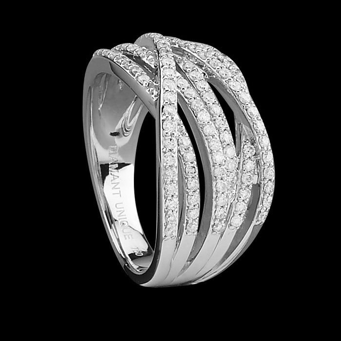 bague diamant unique bague charmeuse or blanc et diamants 0 50 carat prix 879 00 euros. Black Bedroom Furniture Sets. Home Design Ideas