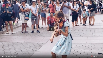 Karolina Protsenko - Violin and Piano - Hallelujah - People were AMAZED